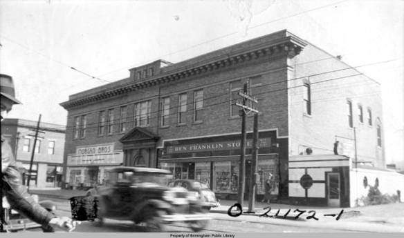 Morgan Brothers and Ben Franklin Store_Woodlawn